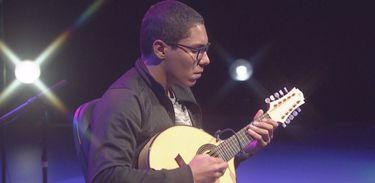 Cena Instrumental recebe o bandolinista Alaan Monteiro