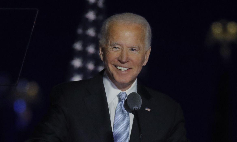 O candidato democrata à presidência dos EUA em 2020, Joe Biden, fala em seu comício eleitoral em Wilmington