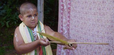 Haridas é um menino praticante do hinduísmo Vaishnava