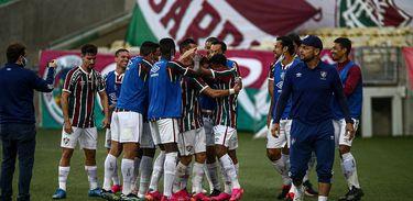 Fluminense 3 x 1 Portuguesa-RJ