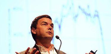 """Thomas Piketty é um economista francês que se tornou destaque com seu livro """"O Capital no século XXI"""""""