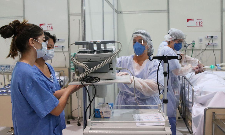 enfermeiros_em_hospital_de_campanha
