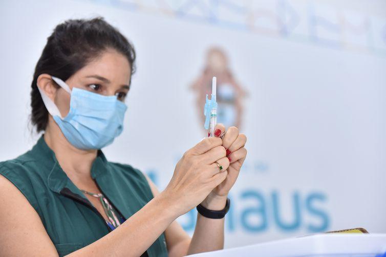 19-01-2021 Prefeitura de Manaus inicia campanha de vacinação contra Covid-19 Fotos: Dhyeizo Lemos / Semcom
