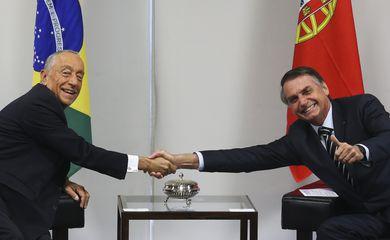 O presidente da República, Jair Bolsonaro, recebe o presidente de Portugal, Marcelo Rebelo de Souza, no Palácio do Planalto, em Brasília.