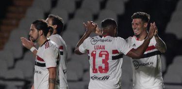 Vasco 1 x 2 São Paulo