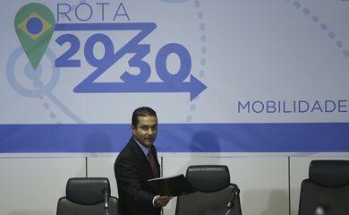 Brasília - O ministro da Indústria, Comércio Exterior e Serviços, Marcos Pereira, lança a Rota 2030 para a mobilidade e logística do país (José Cruz/Agência Brasil)