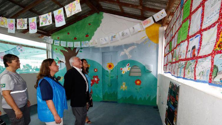 Presidente Michel Temer visita abrigo de imigrantes venezuelanos em Roraima