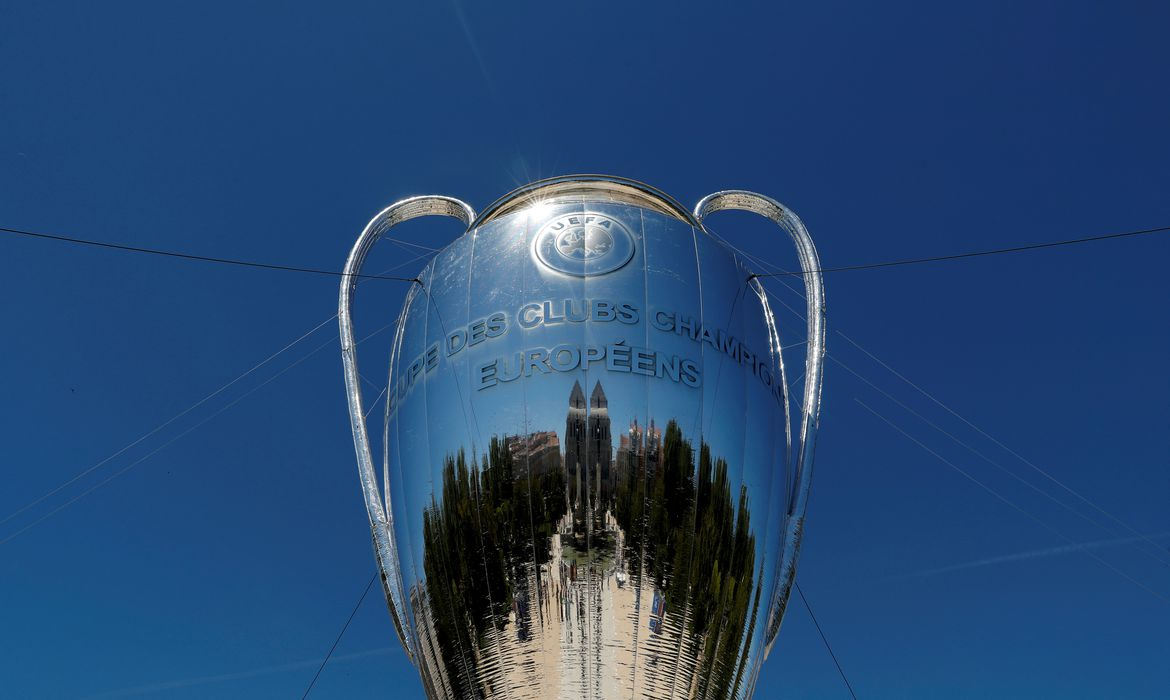 FILE PHOTO: A giant replica of the UEFA Champions League trophy is displayed outside the Royal Palace in Madrid