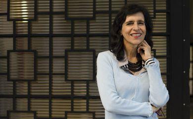 A física brasileira Márcia Barbosa é uma das novas pesquisadoras eleitas para a Academia Mundial de Ciências