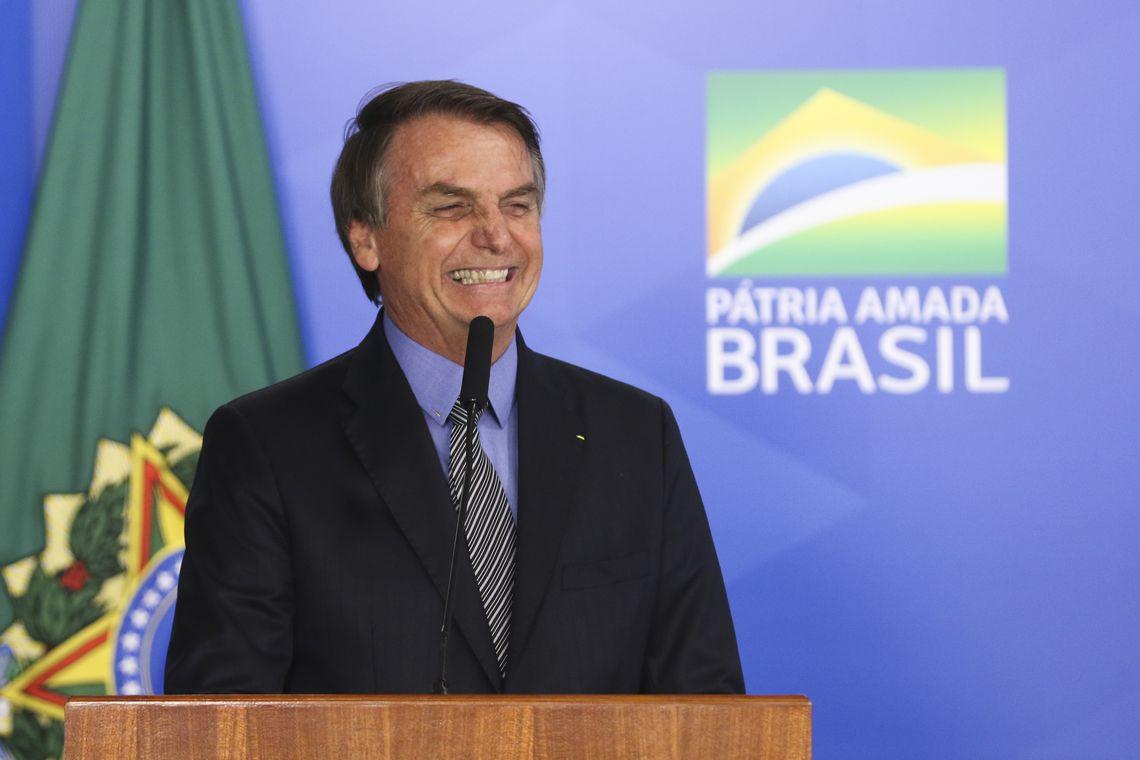 O presidente Jair Bolsonaro, participa da Solenidade de Sanção do Projeto de Lei de Conversão 21/2019 (MP da Liberdade Econômica)