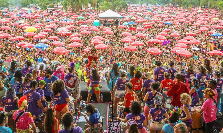 Mais de 3 milhões de pessoas foram a blocos de rua em 4 dias de carnaval 2020 no Rio, diz Riotur.