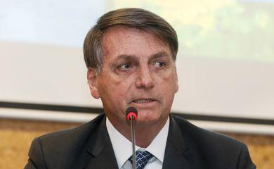 Presidente da República, Jair Bolsonaro,  durante a cerimônia de assinatura da portaria que designa a Eletronorte como agente executor do Programa Mais Luz para a Amazônia no Amapá