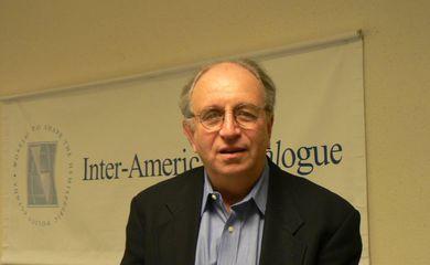 Peter Hakim, presidente de honra do Inter-American Dialogue, entidade sediada em Washington, dedicada a estudar as relações entre países do Hemisfério Ocidental