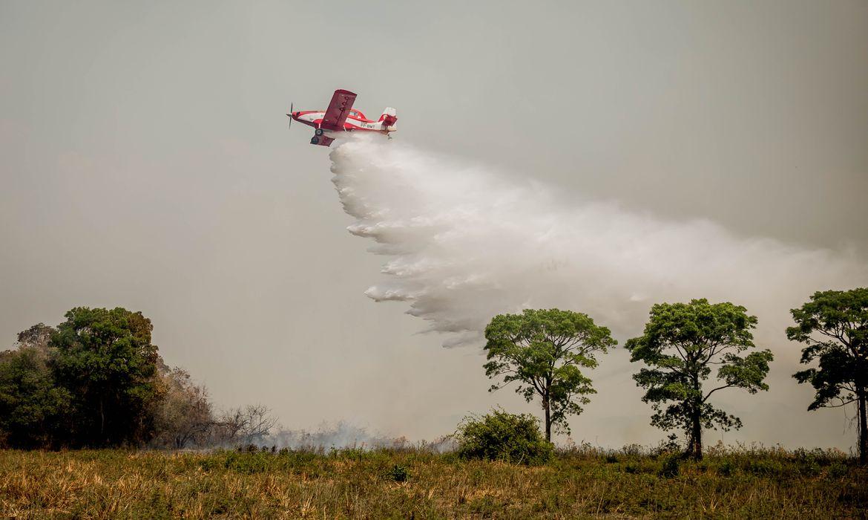 Ministro de Estado do Meio Ambiente, Sr. Ricardo de Aquino Salles faz verificação das atividades de combate ao incêndio no Pantanal