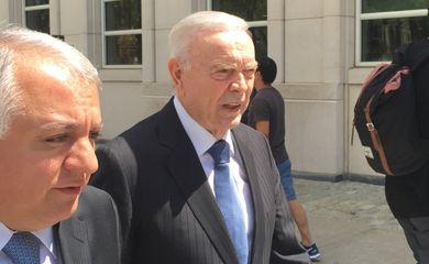 Ex-presidente daCBFJosé Maria Marin, do lado de fora do tribunal federal em Nova York