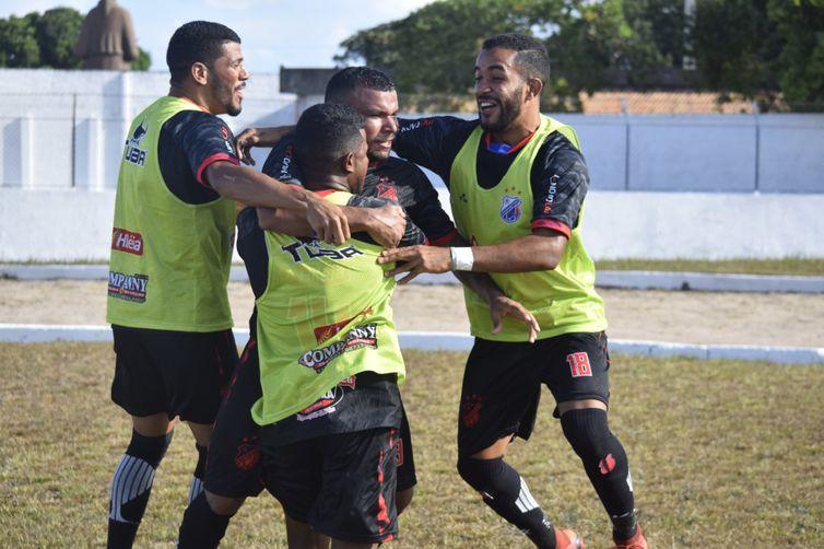 Série D: Bragantino assume ponta do Grupo 1 e afunda Independente