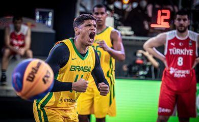 seleção de basquete 3 x 3 derrota Turquia e República Tcheca em Pré-Olimpico - em 26/05/2021