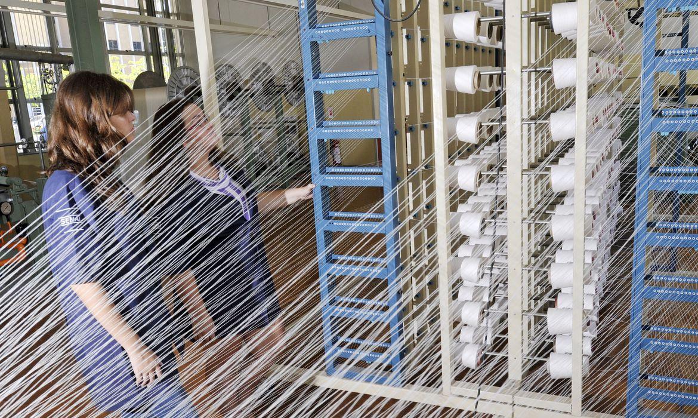 Indústria Têxtil ,SENAI CETIQT - Centro de Tecnologia da Indústria Química e Têxtil. Planta piloto de tecelagem. Indústria Textil
