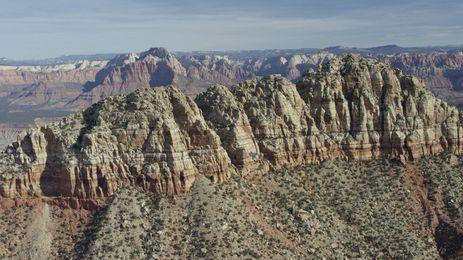 Parque Nacional de Zion: cânions profundos e paredes de arenito imponentes