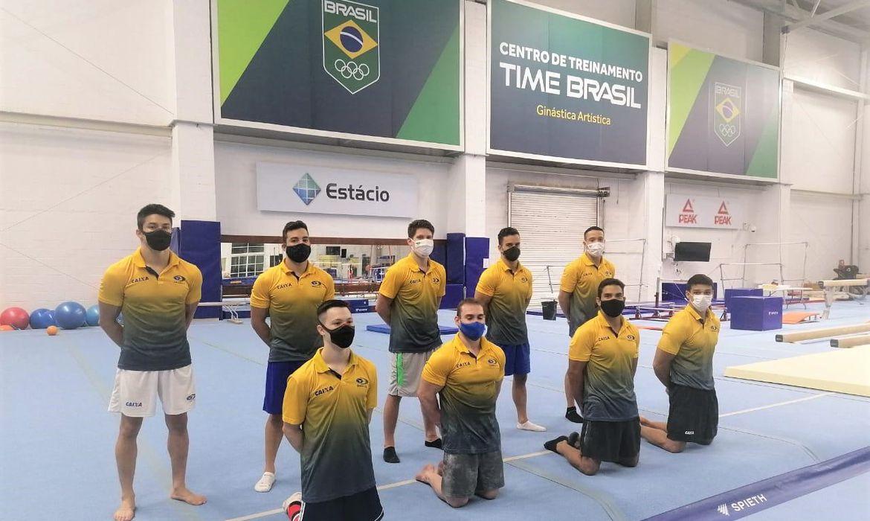 Seleção de ginástica artística masculina treinou no Rio de Janeiro.