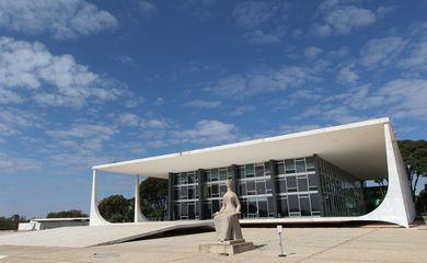 Palácio do Supremo Tribunal Federal na Praça dos Três poderes em Brasília