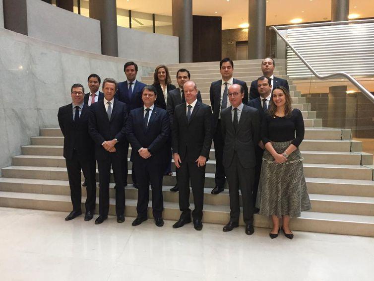 Madri (Espanha) - O ministro da Infraestrutura, Tarcísio Gomes de Freitas, se reuniu nesta segunda-feira (30), primeiro dia do roadshow em Madri (Espanha)