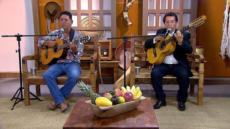 Carlos Augusto & Pantanal cantam uma boa moda de viola no Brasil  Caipira