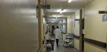Hospital, corredor, tratamento