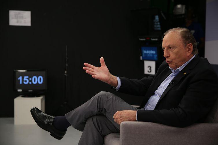 A Empresa Brasil de Comunicação (EBC) entrevista o candidato à Presidência da República pelo DC, José Maria Eymael. Ele é o oitavo a participar da série de entrevistas da EBC com presidenciáveis.
