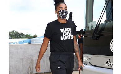Damiris, pivô, BlackLivesMatter, Racismo, basquete. WNBA