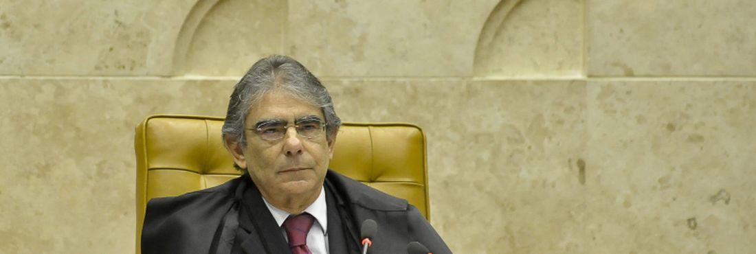 Presidente do STF, Carlos Ayres Britto, no julgamento do Mensalão