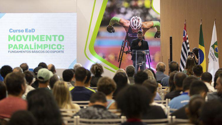 Lançamento do Curso EAD Movimento Paralímpico em fevereiro de 2019.
