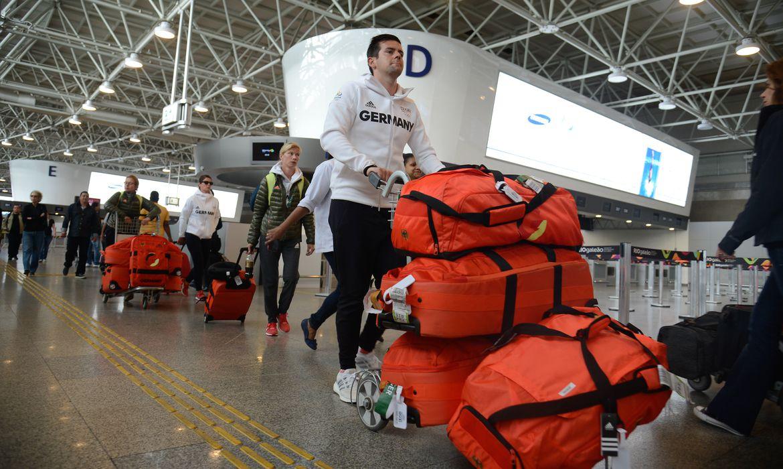 Rio de Janeiro - O Aeroporto Internacional Tom Jobim/RioGaleão deverá registrar o maior movimento de passageiros de toda a sua história, com a partida das delegações olímpicas e de milhares de turistas que foram ao Rio para os Jogos