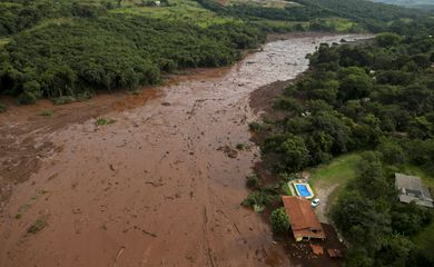 A house is seen in an area next to a dam owned by Brazilian miner Vale SA that burst, in Brumadinho, Brazil January 25, 2019. REUTERS/Washington Alves