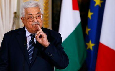 Presidente palestino, Mahmoud Abbas, durante coletiva de imprensa no Palácio do Eliseu, em Paris