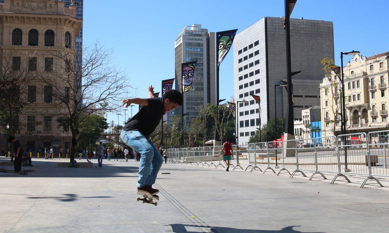 São Paulo - Reabertura do Vale do Anhangabaú para lazer.