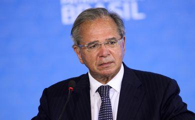 O ministro da Economia, Paulo Guedes, durante cerimônia alusiva à marca de 100 milhões de poupanças sociais digitais Caixa.