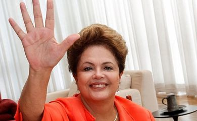Dilma manda saudação para internautas