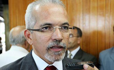 Edvaldo Nogueira é eleito prefeito de Aracaju