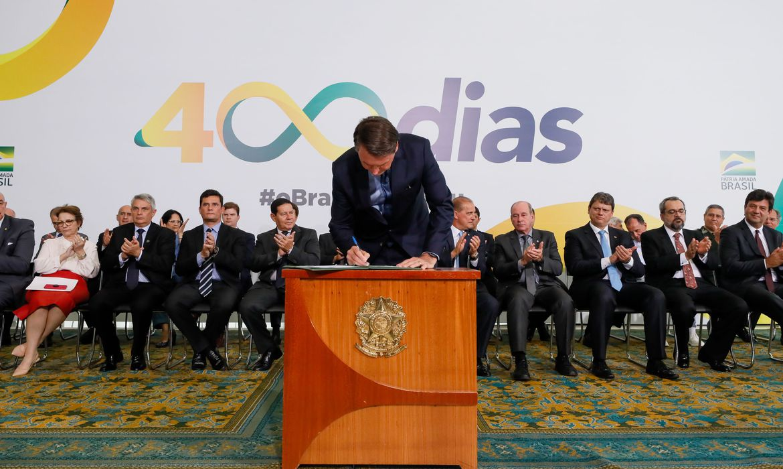 O presidente da República, Jair Bolsonaro, durante Solenidade Alusiva aos 400 dias de Governo.