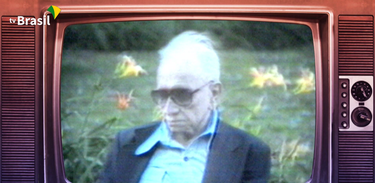 Recordar é TV homenageia o poeta Mário Quintana