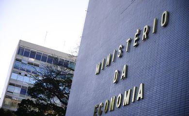 Fachada do Ministério da economia na Esplanada dos Ministérios