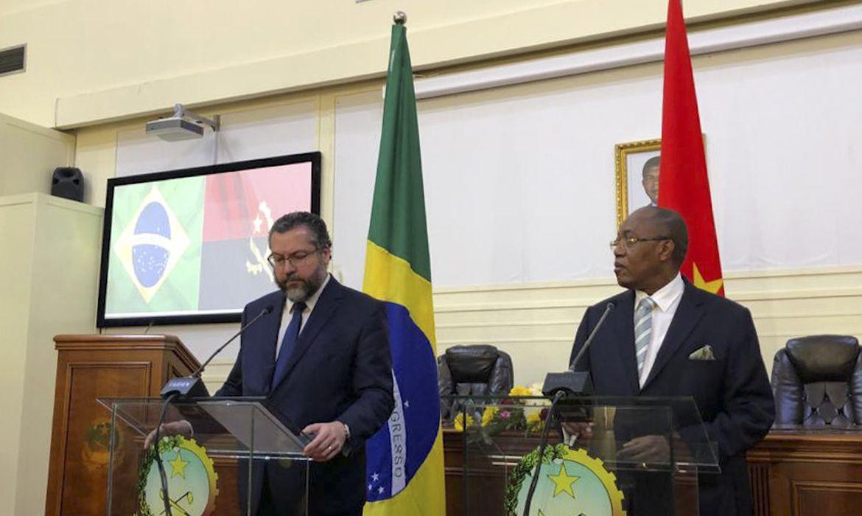 Reunião do chanceler Ernesto Araújo com o Ministro de Estado das Relações Exteriores de Angola, Manuel Domingos Augusto.