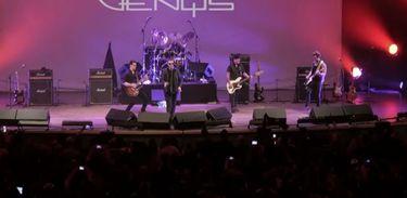 Cantor e compositor Marcelo Nova se apresenta com o grupo soteropolitano Camisa de Vênus