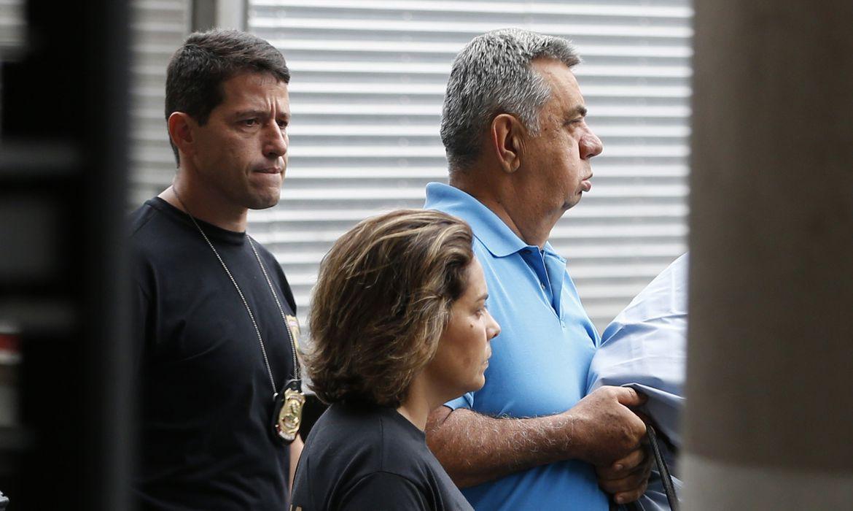 Rio de Janeiro - O deputado Jorge Picciani se apresenta à Polícia Federal (PF) após nova ordem de prisão expedida pelo Tribunal Regional Federal da 2ª Região (TRF2)