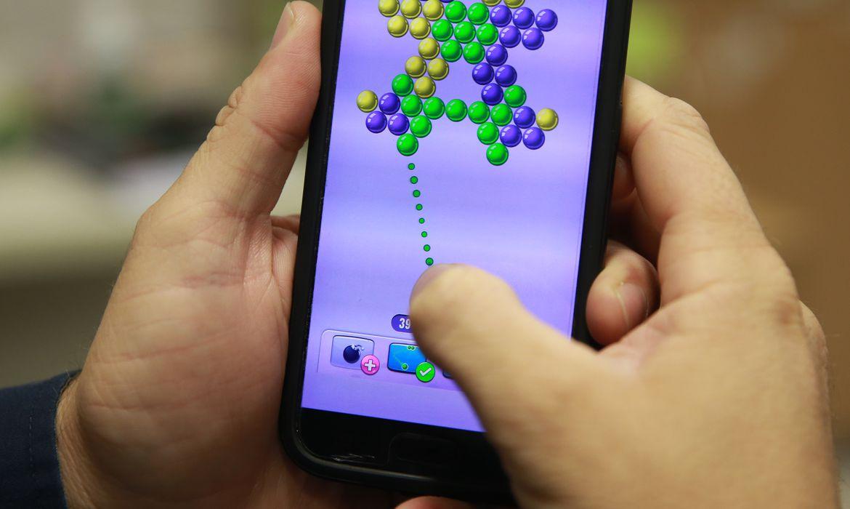 Games, jogos eletrônicos, Celular