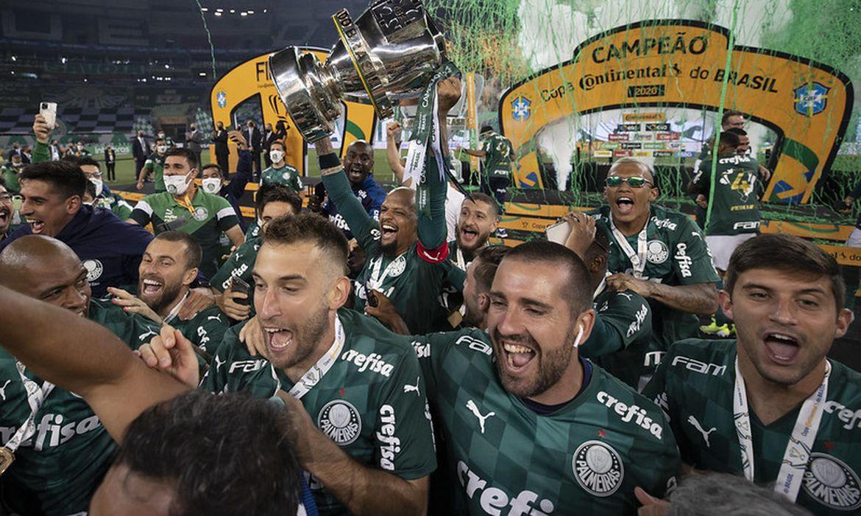 Palmeiras campeão da Copa do Brasil 2002, vitória de 2 a 0 sobre Grêmio - em 07/03/2021