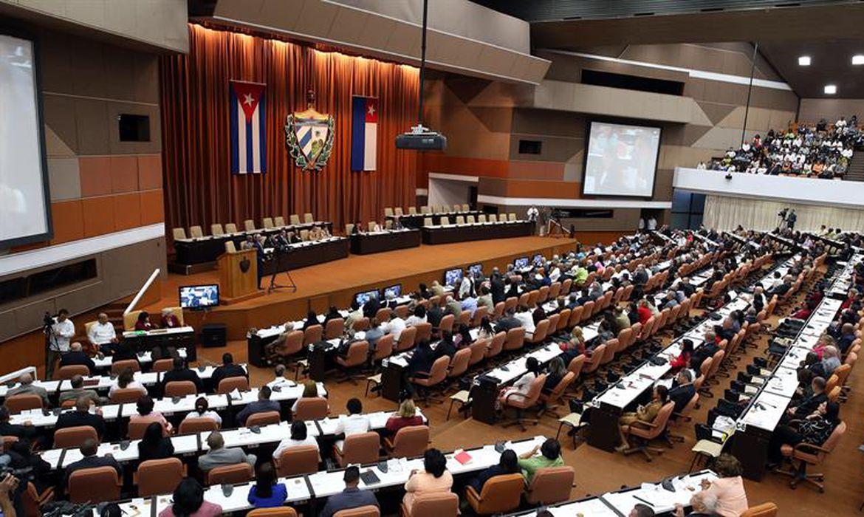 Cuba faz sessão para escolher novo presidente