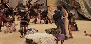 Guerreiros amalequitas atacam o acampamento dos hebreus