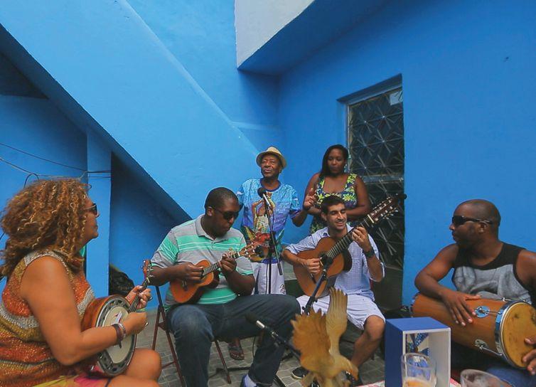 Roda de Samba com Noca da Portela no programa O Milagre de Santa Luzia